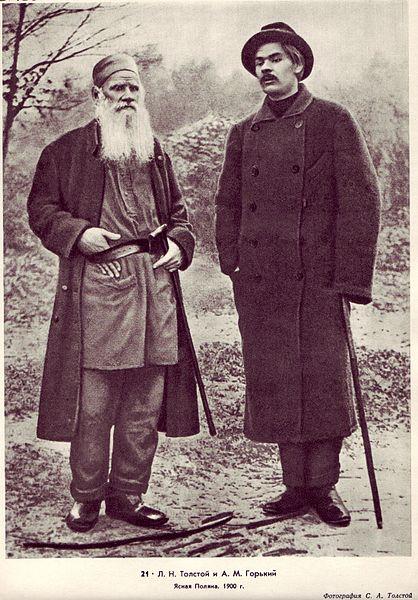 Leo Tolstoy with Gorky in Yasnaya Polyana, 1900