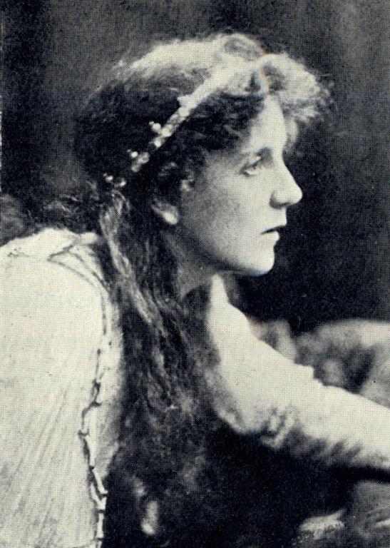 Elaine in King Arthur