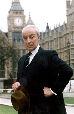 Richardson as Francis Urquhart, his character in House of Cards