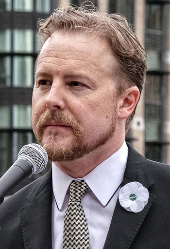 Samuel West at the No More War event at Parliament Square in August. [Wikimedia]