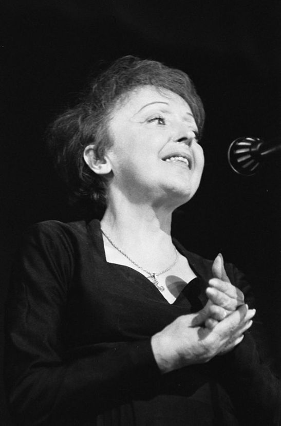 Édith Piaf in 1962 [Wikipedia]