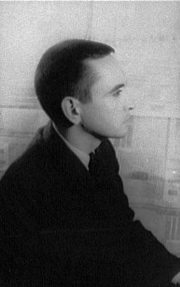 Edward Albee photographed by Carl Van Vechten, 1961. [Wikimedia]