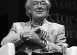 Michael Gambon on stage for a Q&A session [Wikimedia]