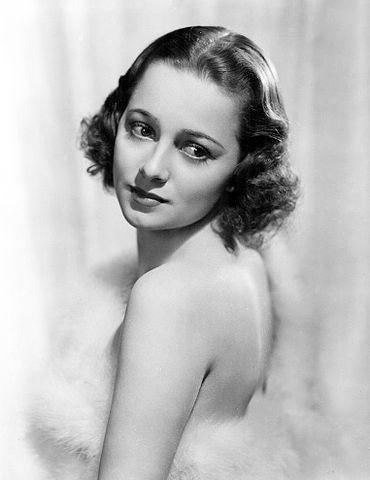 Olivia de Havilland - Studio publicity photo, 1938 [Wikipedia]