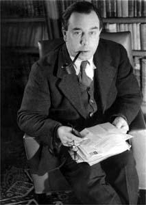 J B Priestley [Wikipedia]