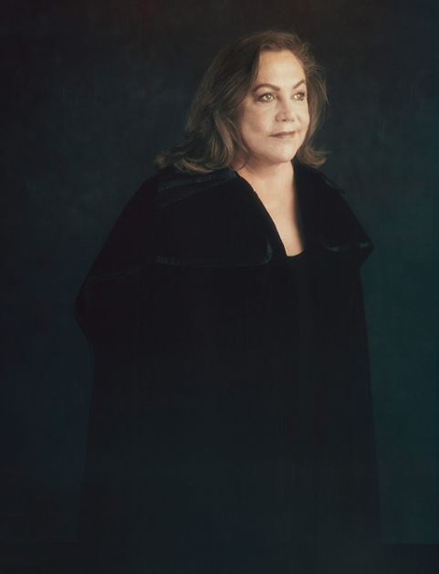 03-kathleen-turner-feature.w512.h600.2x