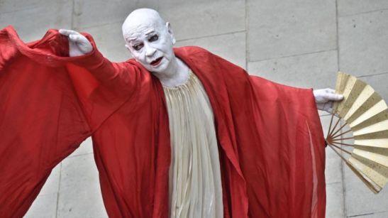 Lindsay Kemp performing Kemp Dreams Kabuki Courtesan in Florence, Italy, in June 2017. MAURIZIO DEGL'INNOCENTI/EPA/REX/SHUTTERSTOCK